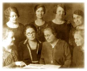 The eight Giles sisters